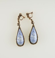 Teardrop-shaped blue jasper cameos with white relief of Aurora driving her chariot, set in metal as screwback earrings
