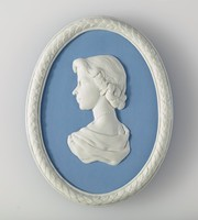 Oval blue jasper medallion with white relief profile portrait of Queen Elizabeth II, with white laurel leaf border made to commemorate her coronation in 1953