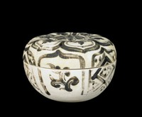 Stoneware box decorated with blue-black painting
