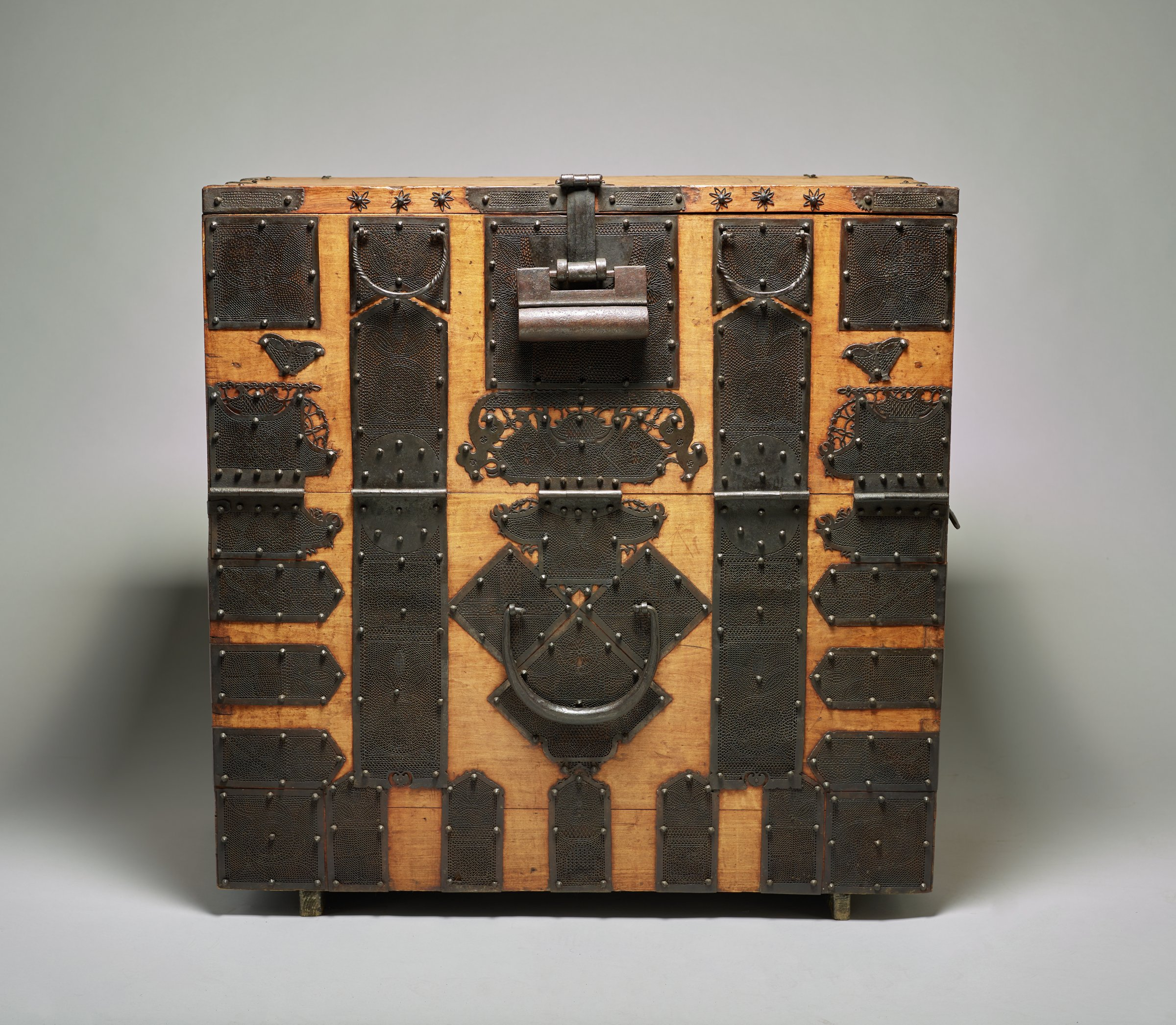 Chest (Bandaji) with Flower Basket and Butterfly Motifs, Korea, wood and iron